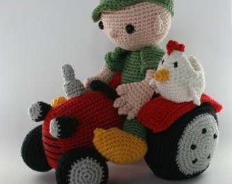 Amigurumi Farmer and tractor
