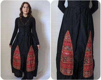 S - 1970s Black Maxi Dress with Folk Pattern Panels / Long Vintage Fall Dress / Witchy Sleeveless Autumn Dress