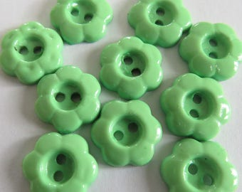 Pale green flower two hole button
