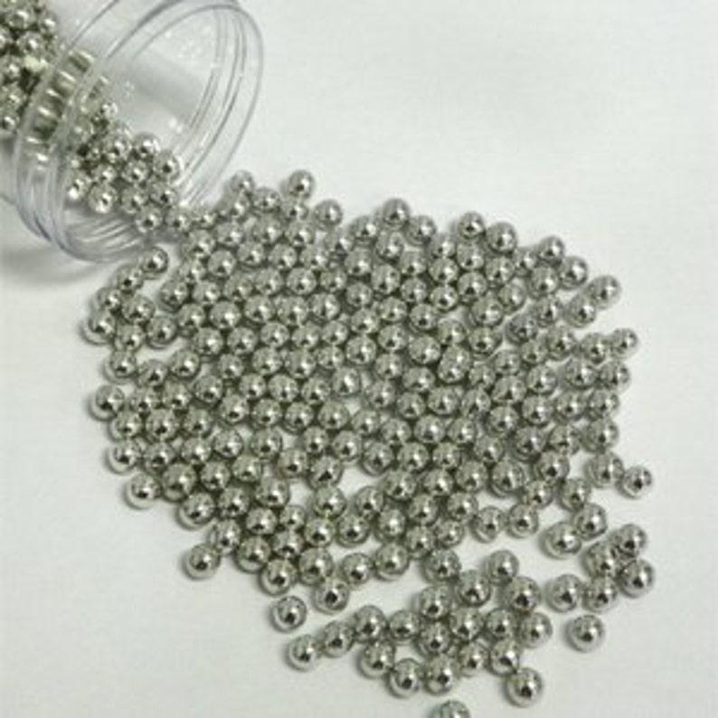 Edible Silver Sugar Pearls/ Silver Sugar Pearls/ Edible Silver Sugar Balls/  Silver Sugar Pearls/ Cake Pearls/ Metallic Cake Pearls