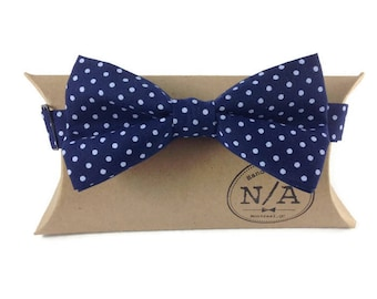 Navy blue and white polka dot bow tie, polka dot bow tie, navy bow tie, groomsmen bow tie, pre-tied bow tie, bow tie for men