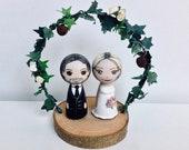 Wedding couple + Base + Floral Arch