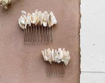 Pearl Bridal Comb, Bridal Hair Comb, Mother of Pearl Bridal Comb, Ivory Hair Comb, Bridal Hair Piece, Wedding Headpiece, Wedding Hair Comb