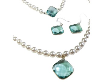 Pearl and Aquamarine Jewelry Set