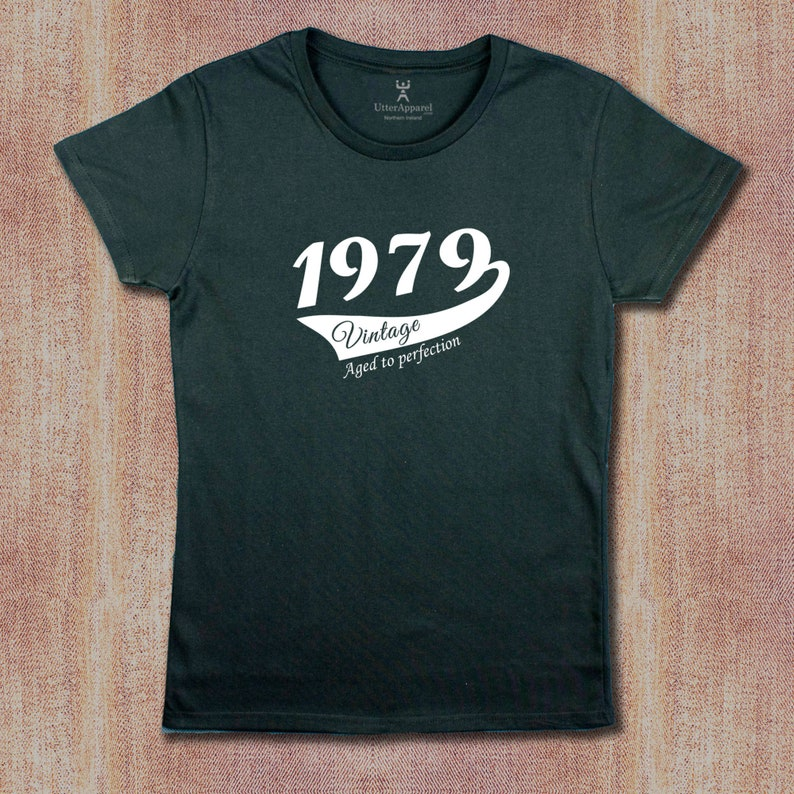 40th Birthday T Shirt Ideal Gift For A Daughter Sister