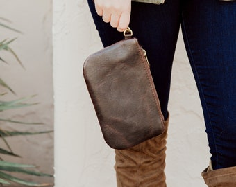 Leather Wristlet, leather clutch, leather bag, minimalist bag, iphone bag, small leather bag