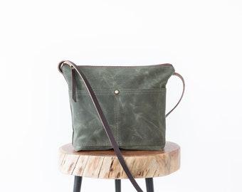Waxed Canvas Crossbody Bag, canvas purse, olive green Bag, green purse, waxed canvas bag, day bag, minimalist bag, large crossbody purse