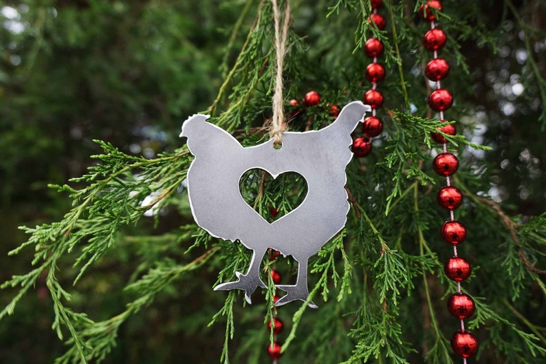 Chicken Hen Metal Christmas Tree Ornament With Heart Made From Recycled Steel Holiday Decoration Rustic Farmhouse Barn Gift Fresh Eggs Chick