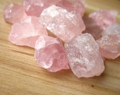 Raw Rough Natural Rose Quartz Crystal Beads Pink Crystal MINERAL SPECIMEN Stone Nugget Beads Wholesale Healing Crystal A011