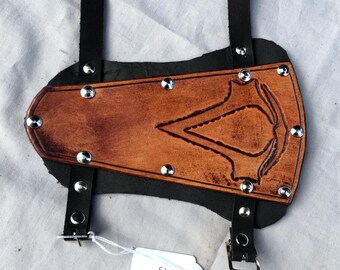 Assassin's Creed Leather Archery Bracer - Whiskey Coloured