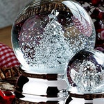 Precious snow ball-fir tree-silver plated and tarnished-6.5 cm-great snow globe Christmas tree-metal