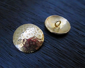 One Gold Bronze Hammered Button Clasp for Wrap Bracelet (one button) (N)
