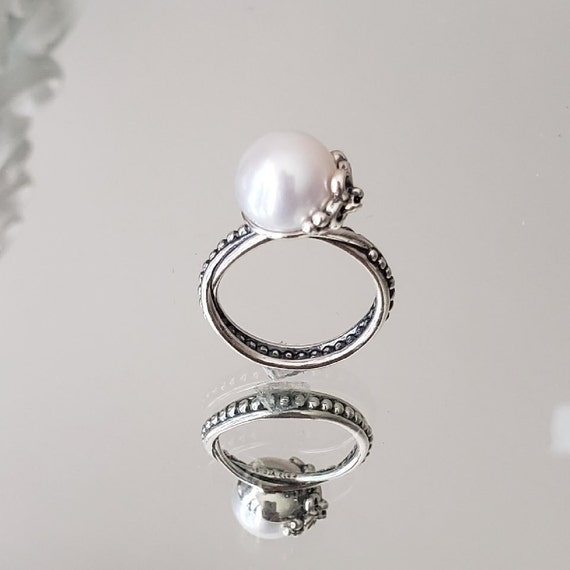AUTHENTIC TROLLBEADS PEARL RING WHITE STERLING SILVER