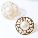 Mandala earrings with pearls