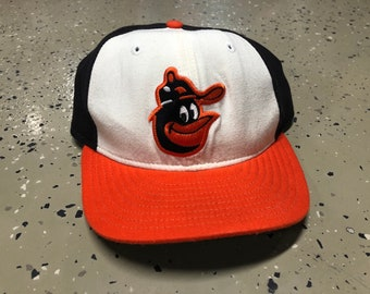f0e0f72d001 Vintage Baltimore Orioles New Era Fitted 7 1 2 Cartoon Bird Cooperstown  Collection Hat
