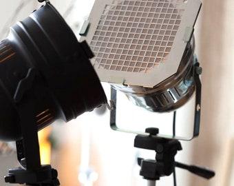 Movie Set Decor, Tripod Floor Lamp, Industrial Decor, Spotlighting, Studio Lamp, Party Lamp, Modern Lamp, Photography Lamp, Outdoor Lamp,