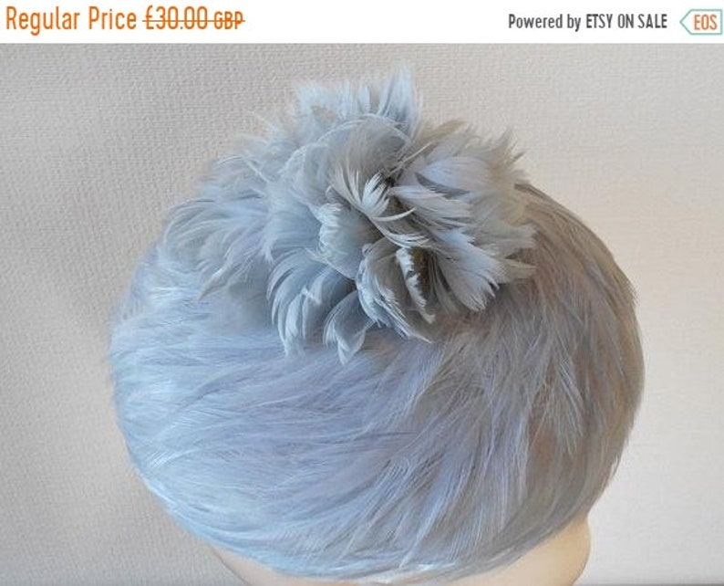 Silver GREY FEATHER Hat 1960s Hats Feather Cluster on Crown  a1023806ab0