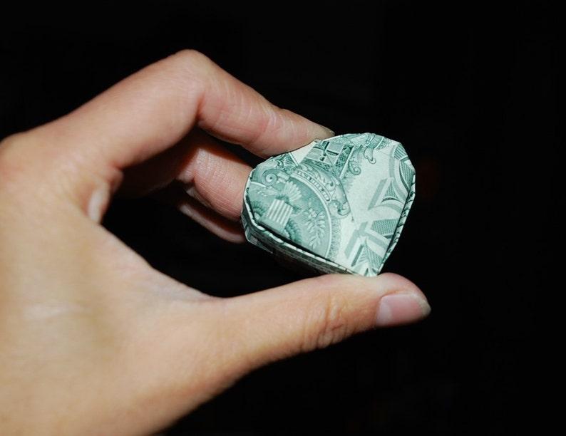 Dollar Insignia Ring | Dollar bill ideas, Origami ring, Dollar origami | 612x794