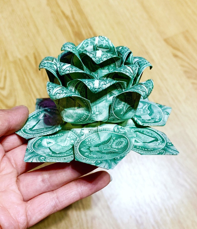 How to Make an Origami Lotus Flower Out of Dollar Bills | Origami ... | 921x794