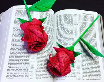 wording Roses - origami roses - personized flowers - custom made gift - rose bouquet - anniversary gift - Valentine bouquet - Birthday gift