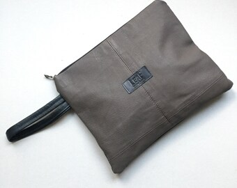 Charcoal leather clutch | Oversized charcoal pouch | Recycled leather bag | Evening bag | Casual leather bag | Convertible gray bag