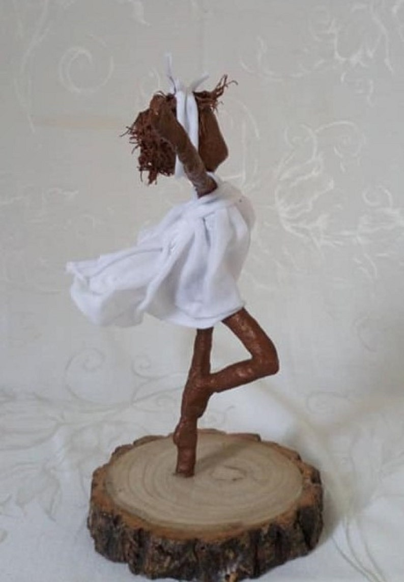 Ballet dancer. Sculpture of Ballerina. Made to order image 0