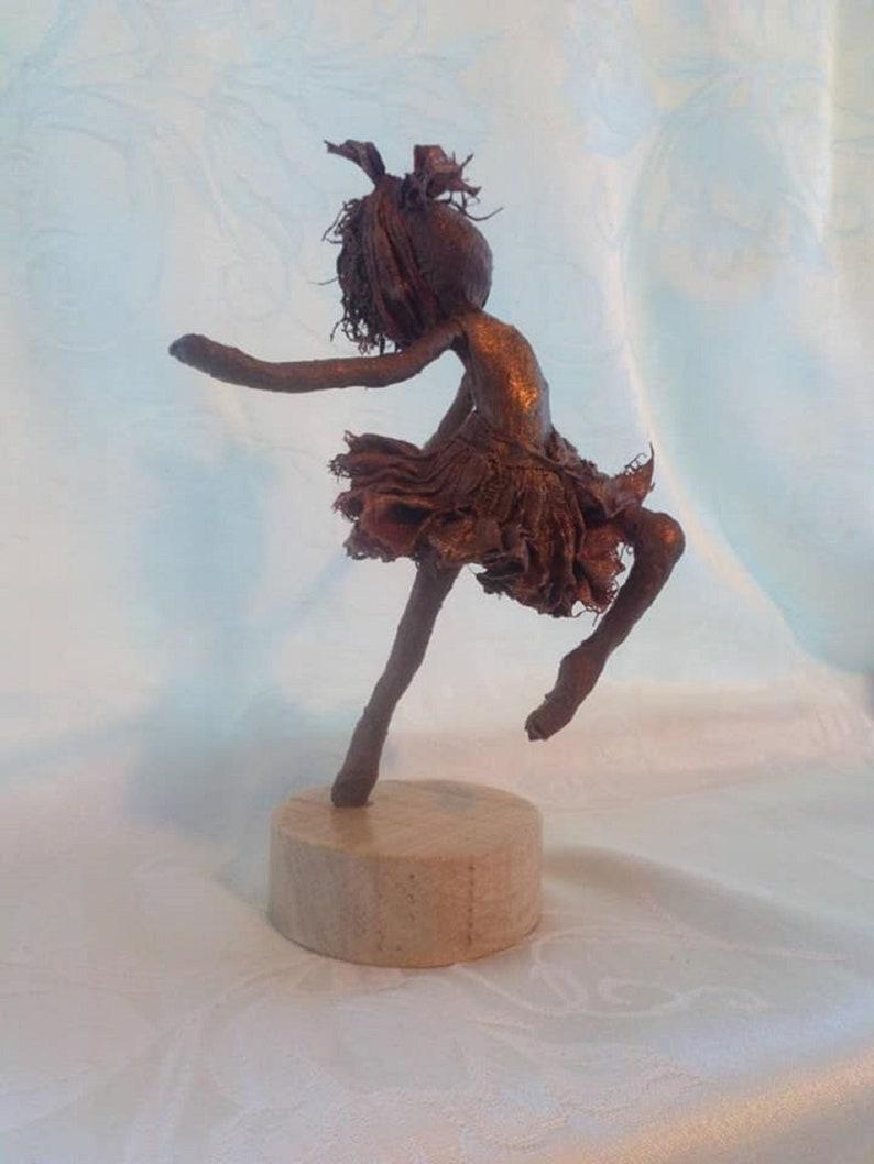 Ballet dancer. Sculpture of Ballerina. Available image 0