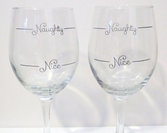 Naughty or Nice Wine Glass, Custom Christmas Gift, Custom Gift, Couple's Gift, Gift for Wine Lover, Gift for Him,Gift for Her,Co-Worker Gift