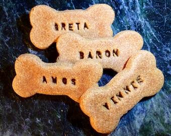 Gourmet Dog Treats: Homemade Personalized Dog Bones-dog cookies-dog treats-dog biscuits-pet bakery-dog-dog treat-dog gift-dog lover-treats