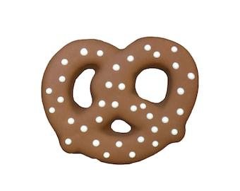 Gourmet Dog Treat: Pretzel Dog Cookie-dog cookies-dog treats-dog biscuits-pet bakery-dog-dog treat-dog gift-dog lover-treats