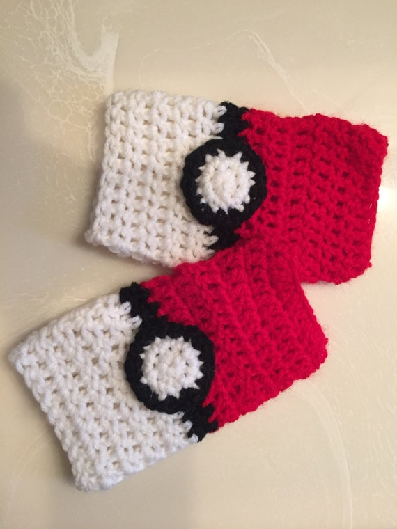 Pokemon Ball Insipired Crochet Fingerless Gloves by GrahamsBazaar ... | 760x570