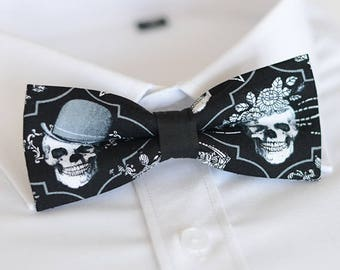 handmade skull bow tie,men's bow tie, men bow tie, bow tie for men, bow tie men, wedding bow tie, groomsmen bow tie