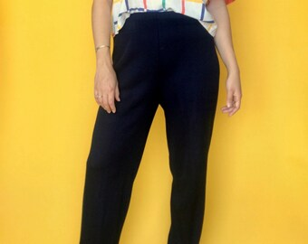 4d553129bfeda3 L | Vintage High Waisted Navy Knit Pants