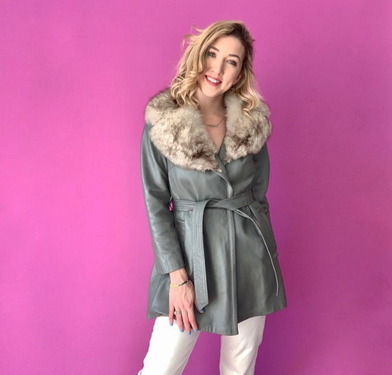 S | 60's Gray Leather Coat with Rabbit Fur Collar