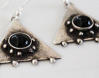 sterling silver earrings ,unique earrings, silver earrings,semi precious stone,black jade earrings,silver dangle and drop artisan earrings