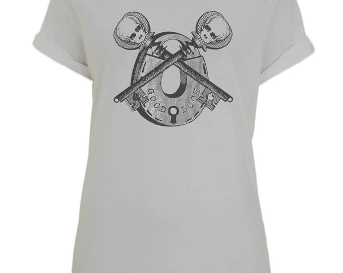 Skull Skeleton Key Padlock Good Luck Womens Organic Cotton T-Shirt With Rolled Up Sleeves. Grey.