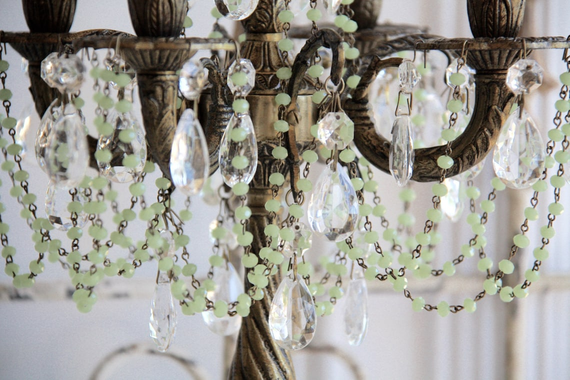 Chic Table Chandelier-Vintage Table Chandelier-Vintage Brass Table Chandelier-Crystal Table Chandelier-Refurbished Vintage Chandelier - Eclairage