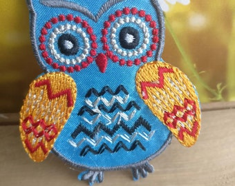 ce05f684e643 Wholesale bulk lot 50pcs blue owl embroidered iron on patch DIY baby  apparel 6x7cm