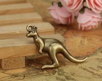 Wholesale  bulk lot  200pcs    Retro style Kangaroo   pendant  Embellishment  40x30mm