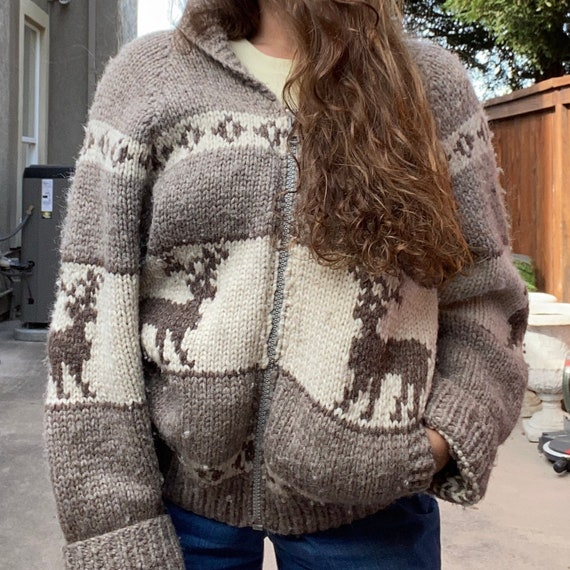 Vintage 70s Cowichan Sweater Zip Up Reindeer Shawl