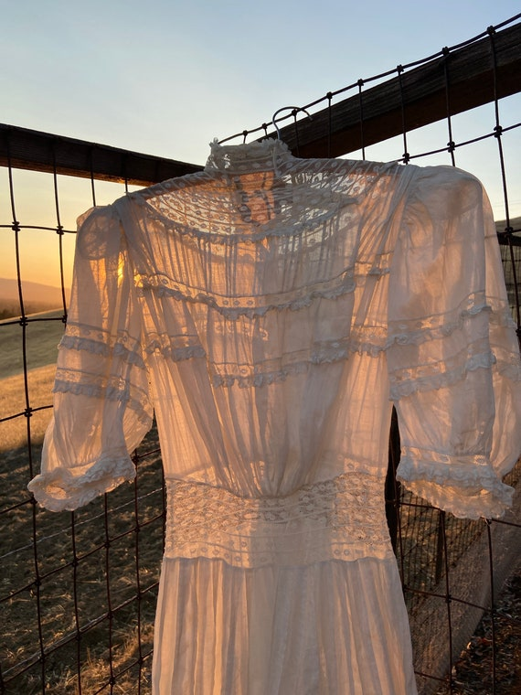 Antique Edwardian Cotton Lawn Dress Standing Coll… - image 6
