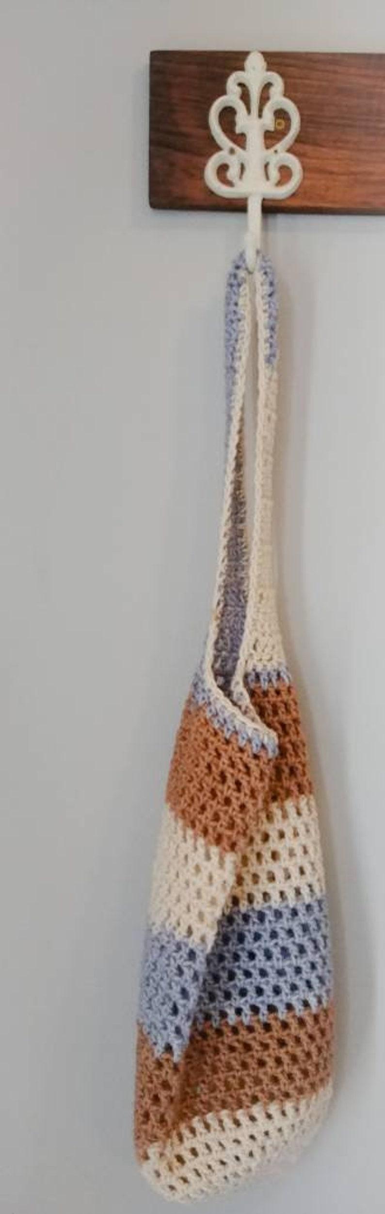 Handmade crochet market tote.Handmade market bag.Blue and tan market tote bag.Crochet market bag.Fruit and veggie bag.Reusable grocery bags