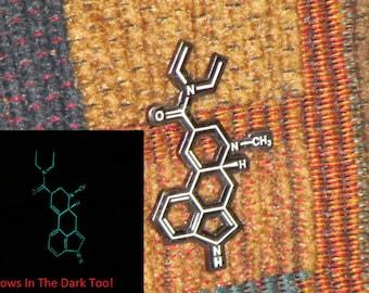 LSD Lysergic Acid LSD25 Glow in the Dark Molecule Trippy Psychedelic Festival Tour Lapel Hat Pin