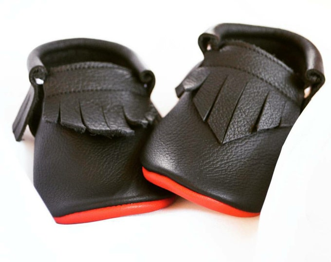 Baby Moccs- ll Black, Red Bottoms - baby shoes - kids shoes - leather shoes - leather moccs - toddler moccs - baby booties - crib shoes