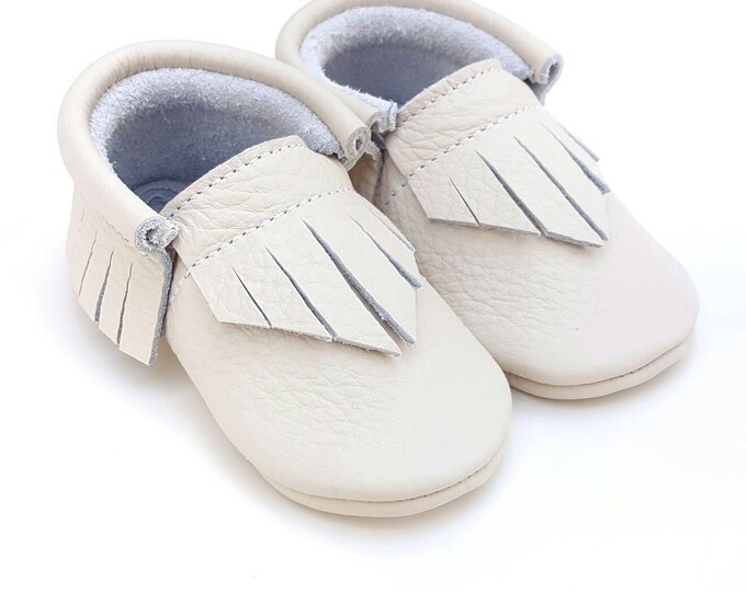 Baby Moccs - Sweet Cream beige Moccs - baby shower gift - crib shoes - leather moccs - moccasins - toddler shoes - baby shoes - baby booties