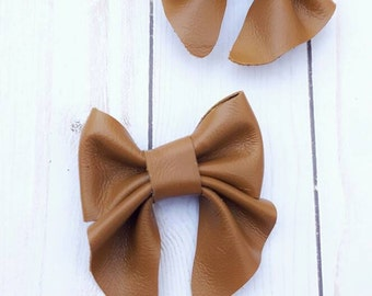 Gingerbread Brown Leather baby bow - hair bow - hair clips - classic girl - leather bow - gift for baby girl - hair accessories  - girl bows