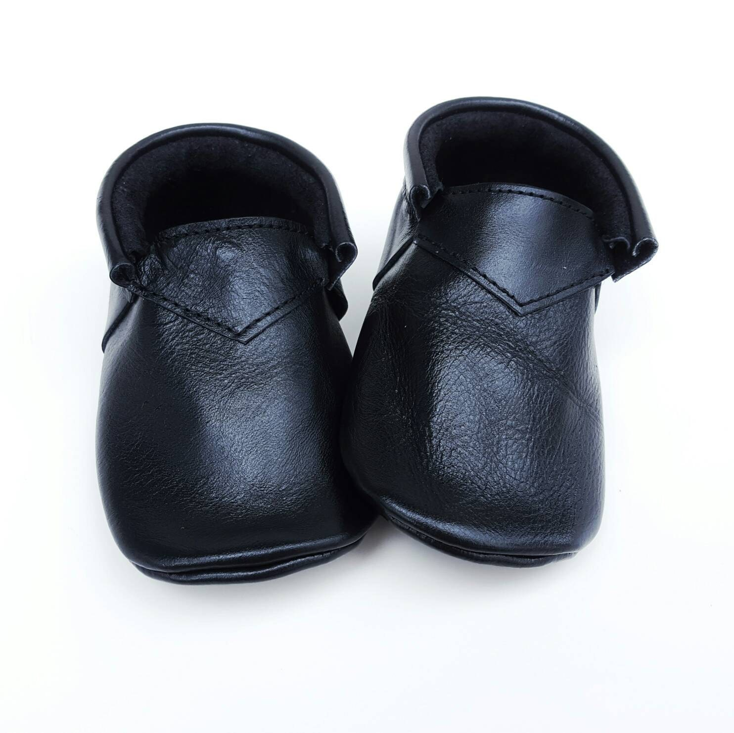 Black boho Loafers - baby shoes - baby moccs - moccs - moccasins ... a33279ca42a