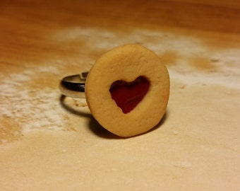 Raspberry Linzer Cookie Ring