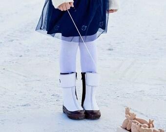 Girls winter felt boots from natural wool prefect as snow boots, kids winter wool boots, children winter shoes, valenki, wool boots girls