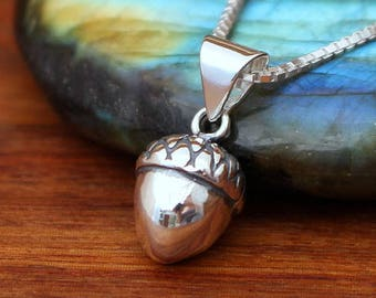 Sterling silver acorn necklace, acorn necklace, 3D acorn, fall necklace